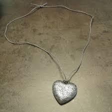 Un bijou comme cadeau ou à inscrire dans sa liste de souhait