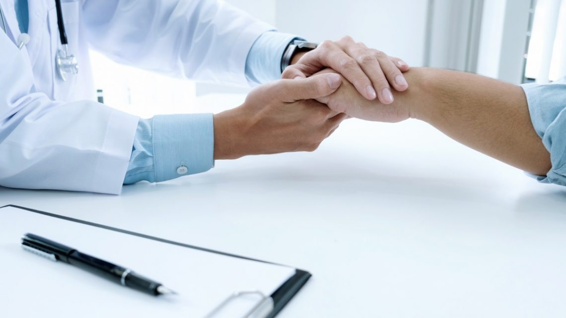 Assurances maladies pour un travailleur indépendant et un travailleur àtemps partiel