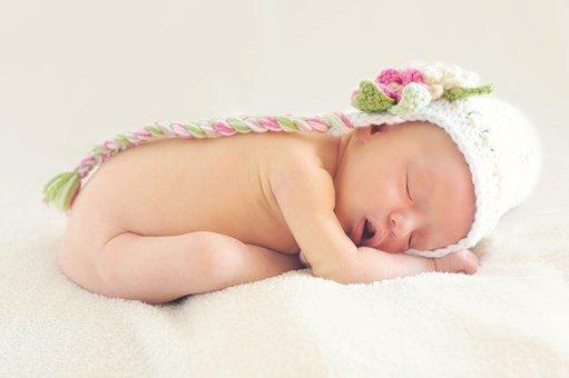 comment masser un bebe de 2 mois