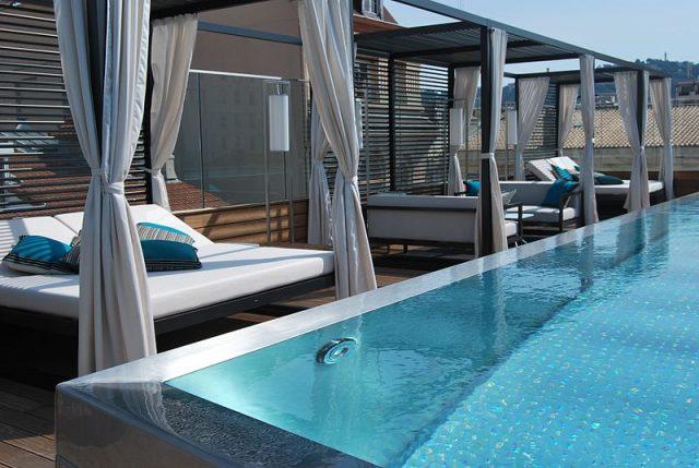 Comment installer une piscine Naturalis?
